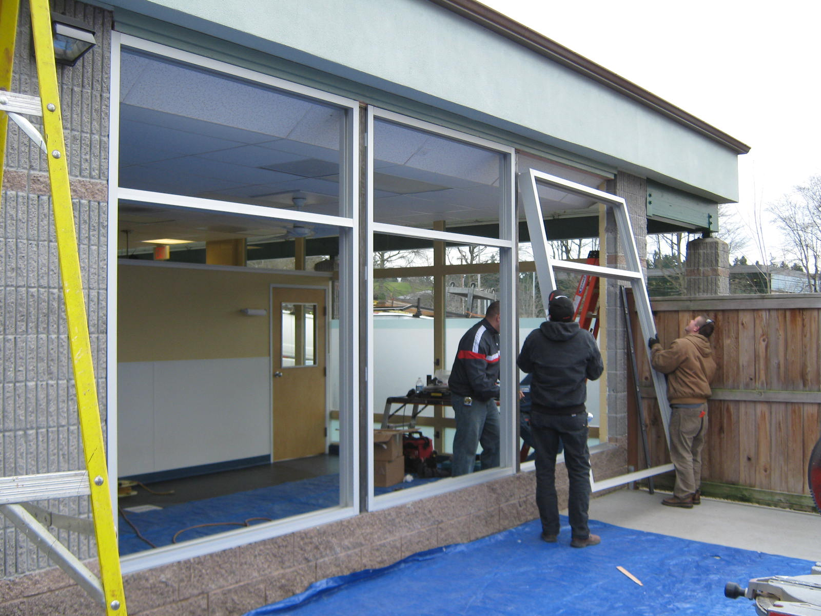 commercial-window-installation